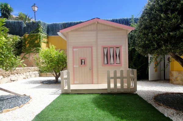 Reforma de casita para niños/as